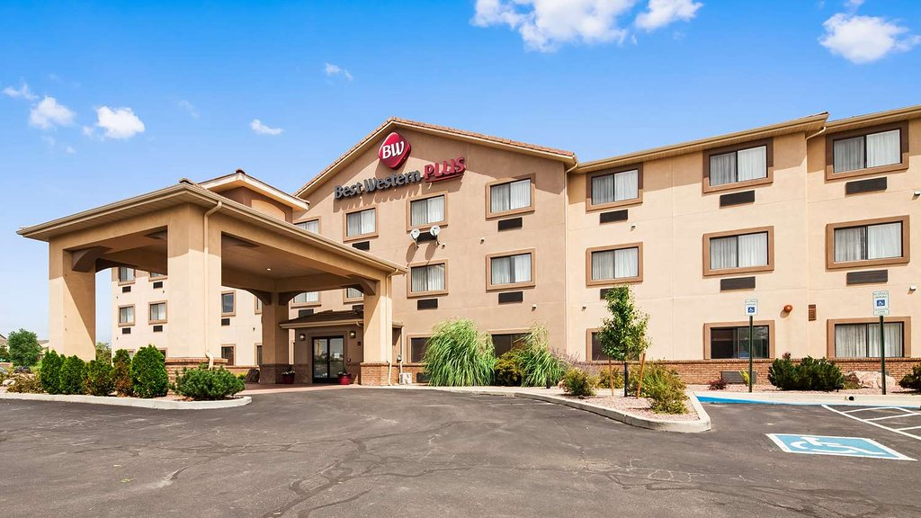 Best Western Plus Eagleridge Inn & Suites