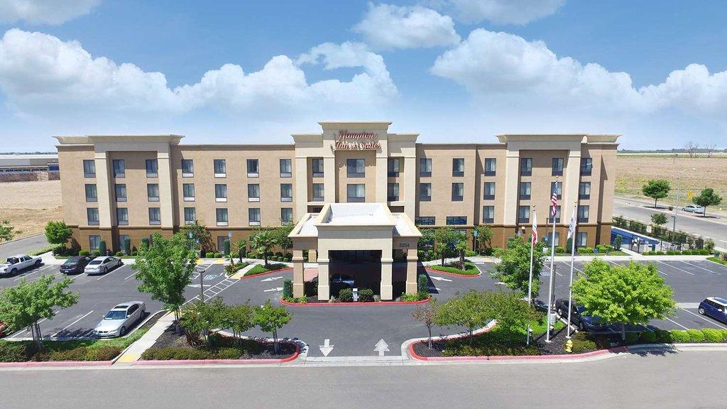 Hampton Inn & Suites Madera