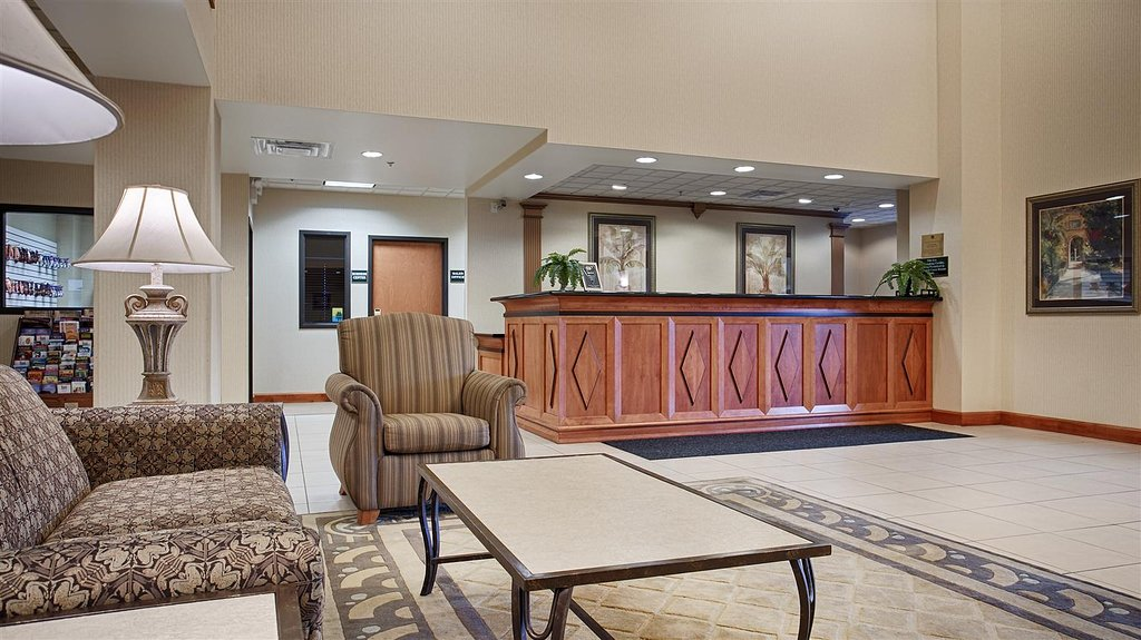 Best Western Plus Coon Rapids North Metro Hotel