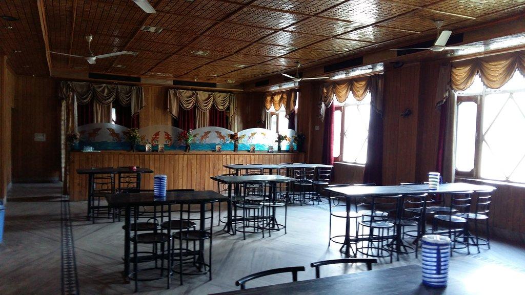 Hotel Prem Palace Bar & Restaurant