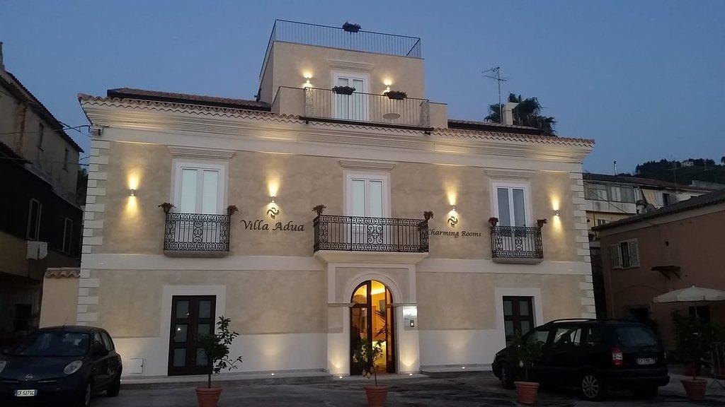 Villa Adua