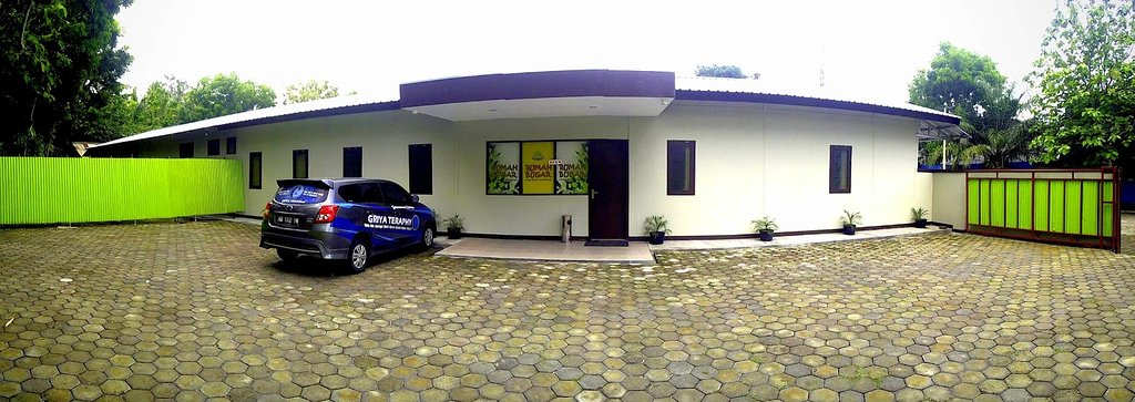 Rumah Bugar Family Massage & Spa