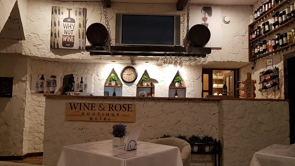 Wine & Rose Boutique Hotel