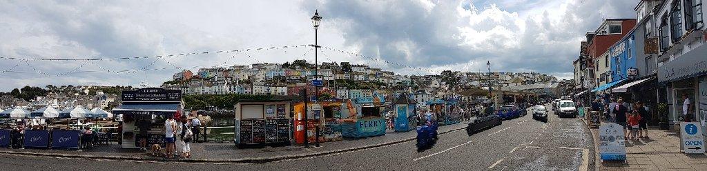 Nice little harbour, plenty of shops and restaurants