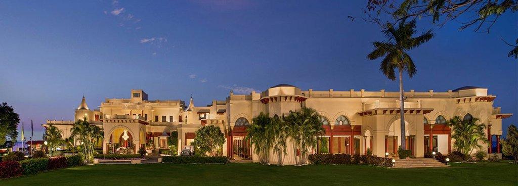 Noor-Us-Sabah Palace