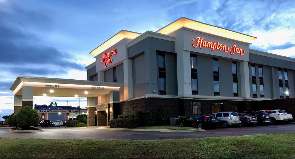 Hampton Inn - Warner Robins