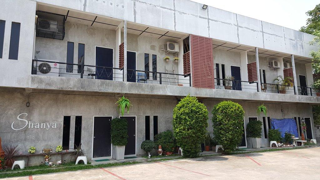 Shanya Guesthouse