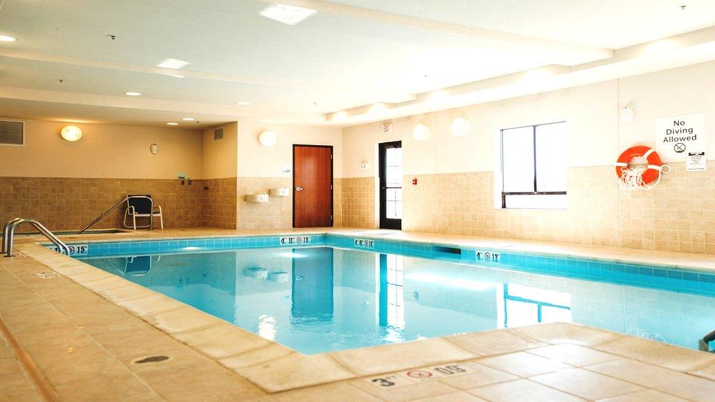 Holiday Inn Express & Suites Morton-Peoria Area