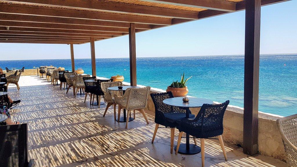 Kakkos Beach Hotel