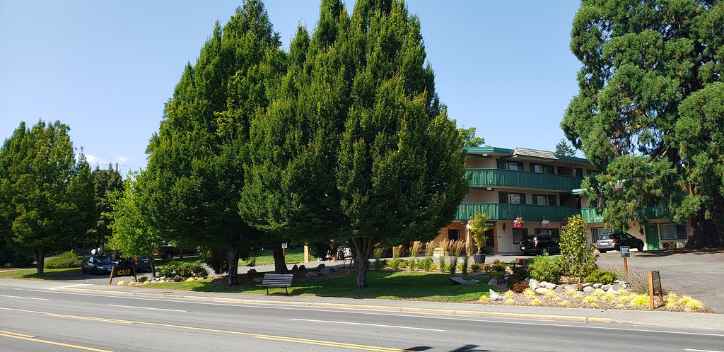 Robin Hood Inn and Suites