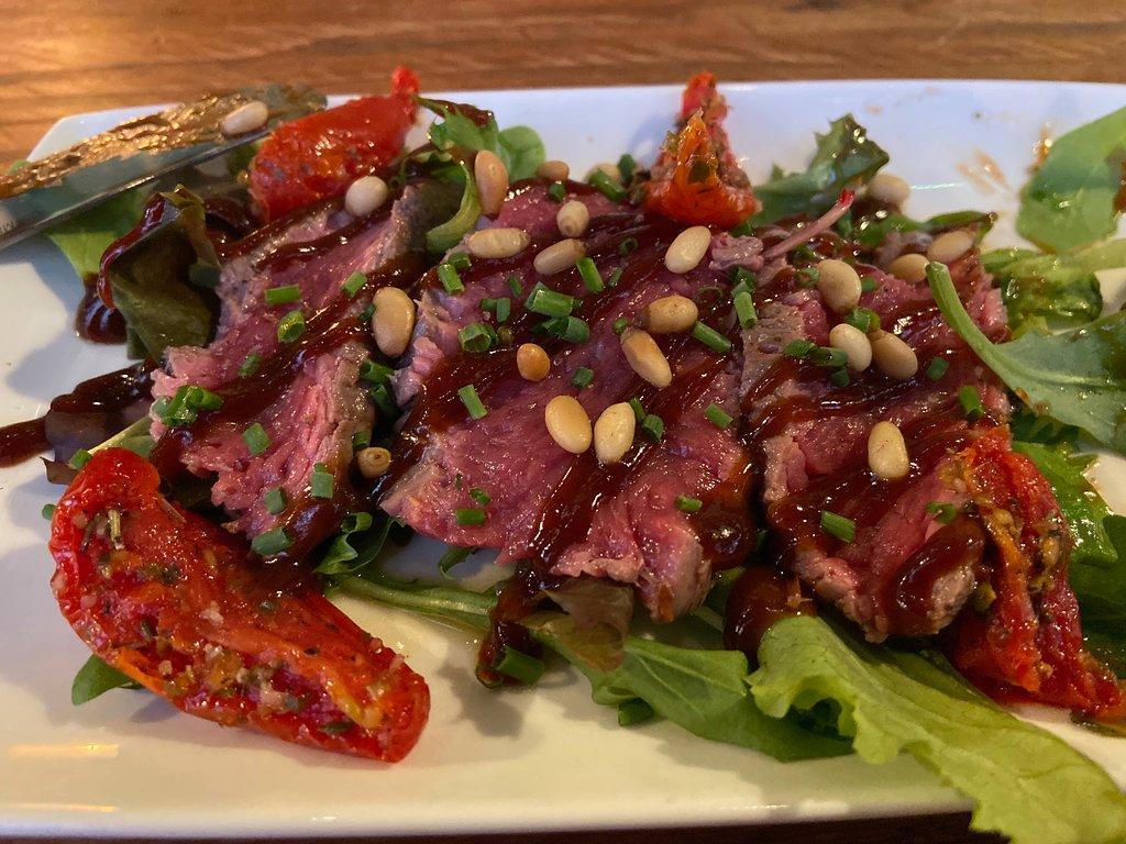 sashimi van gerookt rundvlees