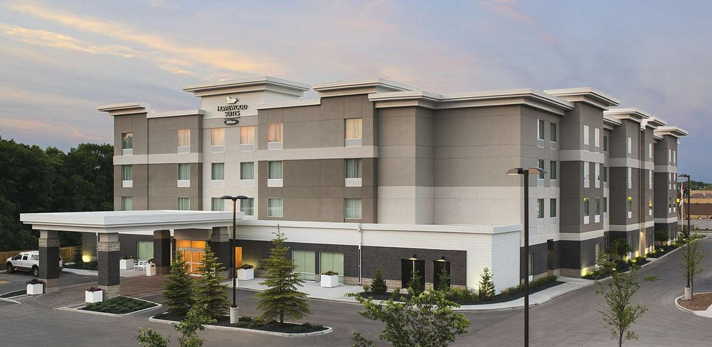 Homewood Suites by Hilton Winnipeg Airport-Polo Park, MB