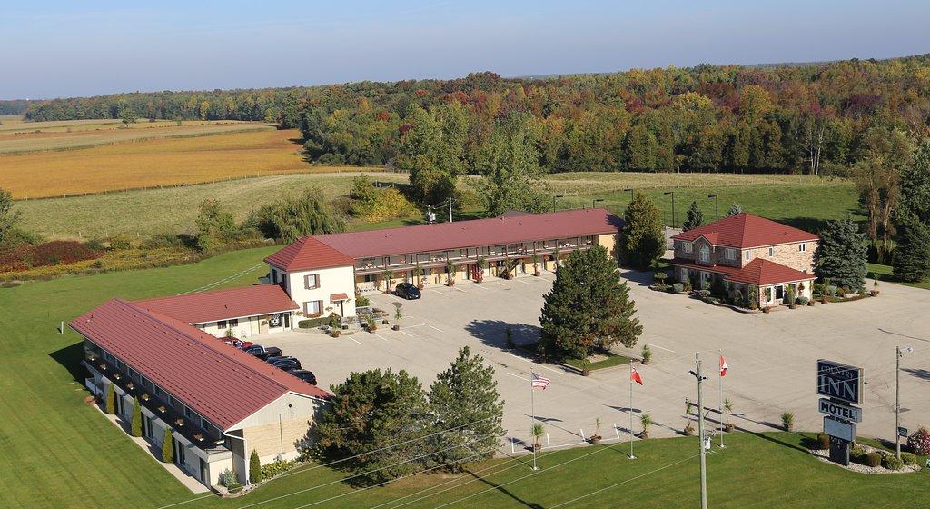 Listowel Country Inn