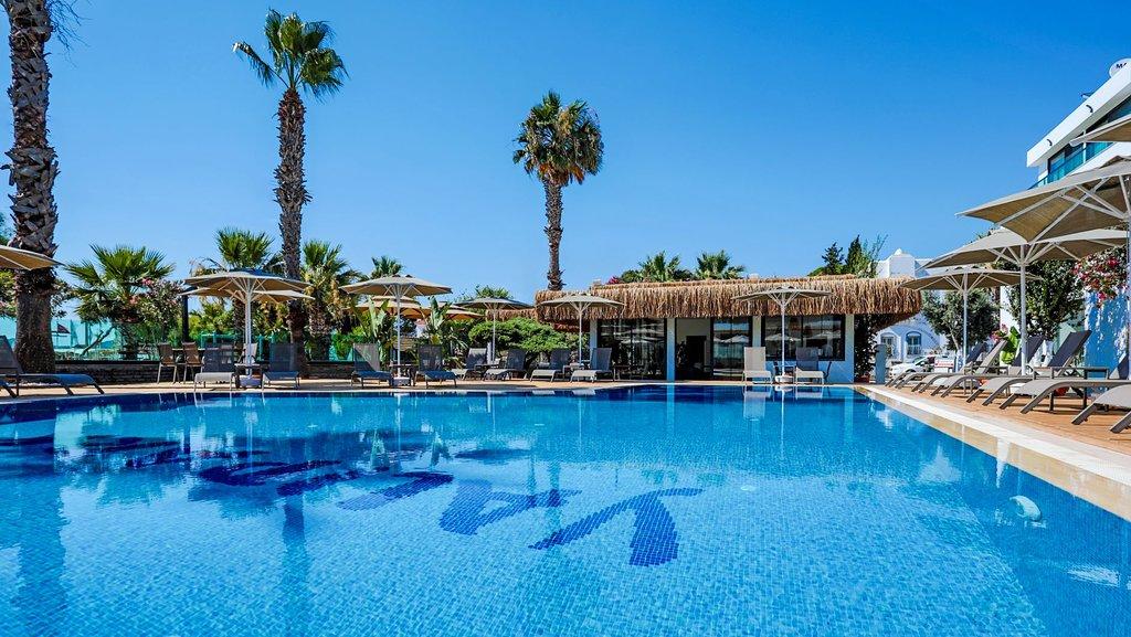 Yalipark Beach Hotel