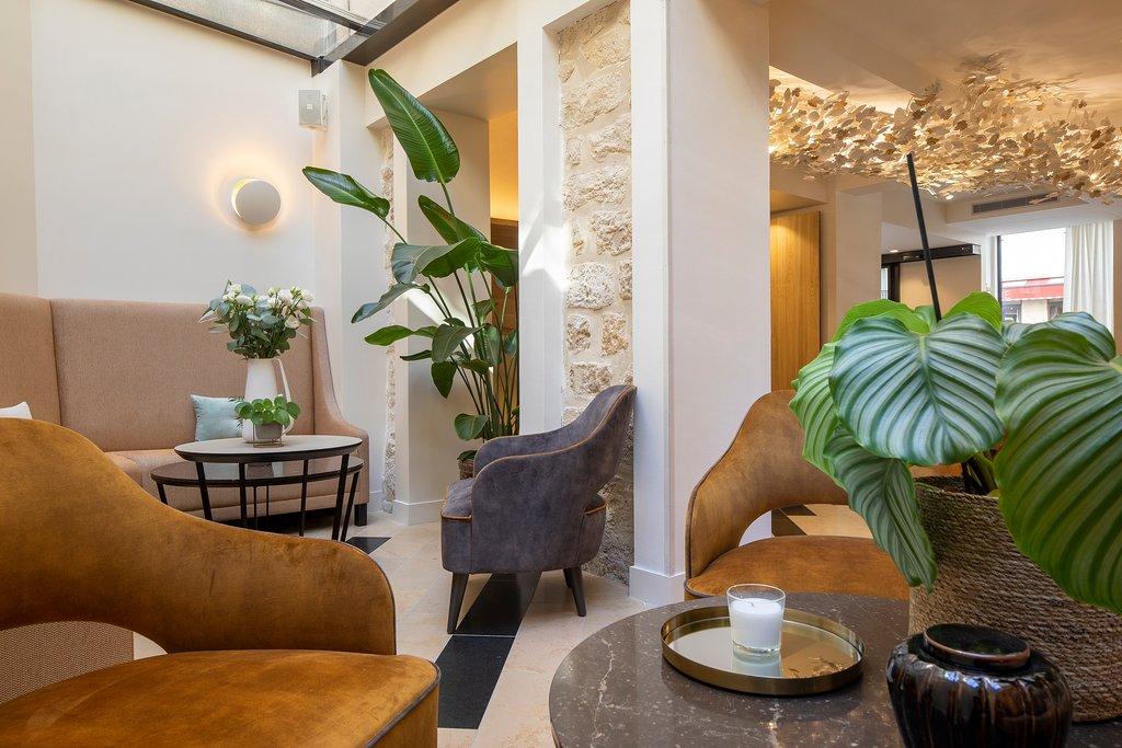 Tripadvisor - Lobby - Bar - תמונה של Hotel des Champs-Elysees, פריס
