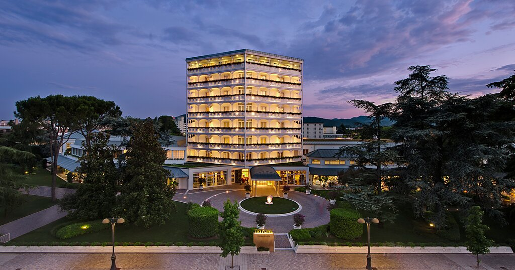 Tritone Luxury Hotel Thermae & Spa