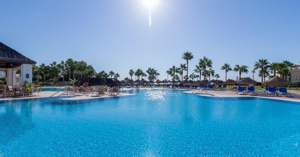 Estepona Hotel & Spa Resort
