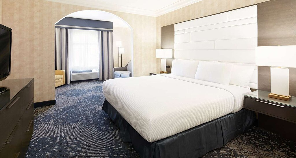 Best Western Plus Abbey Inn Hotel & Conference Center