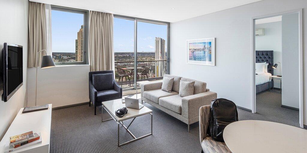 Meriton Suites Campbell Street Sydney