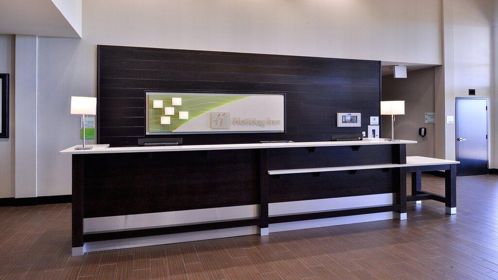 Holiday Inn & Suites Edmonton Arpt - Conference Ctr, an IHG hotel