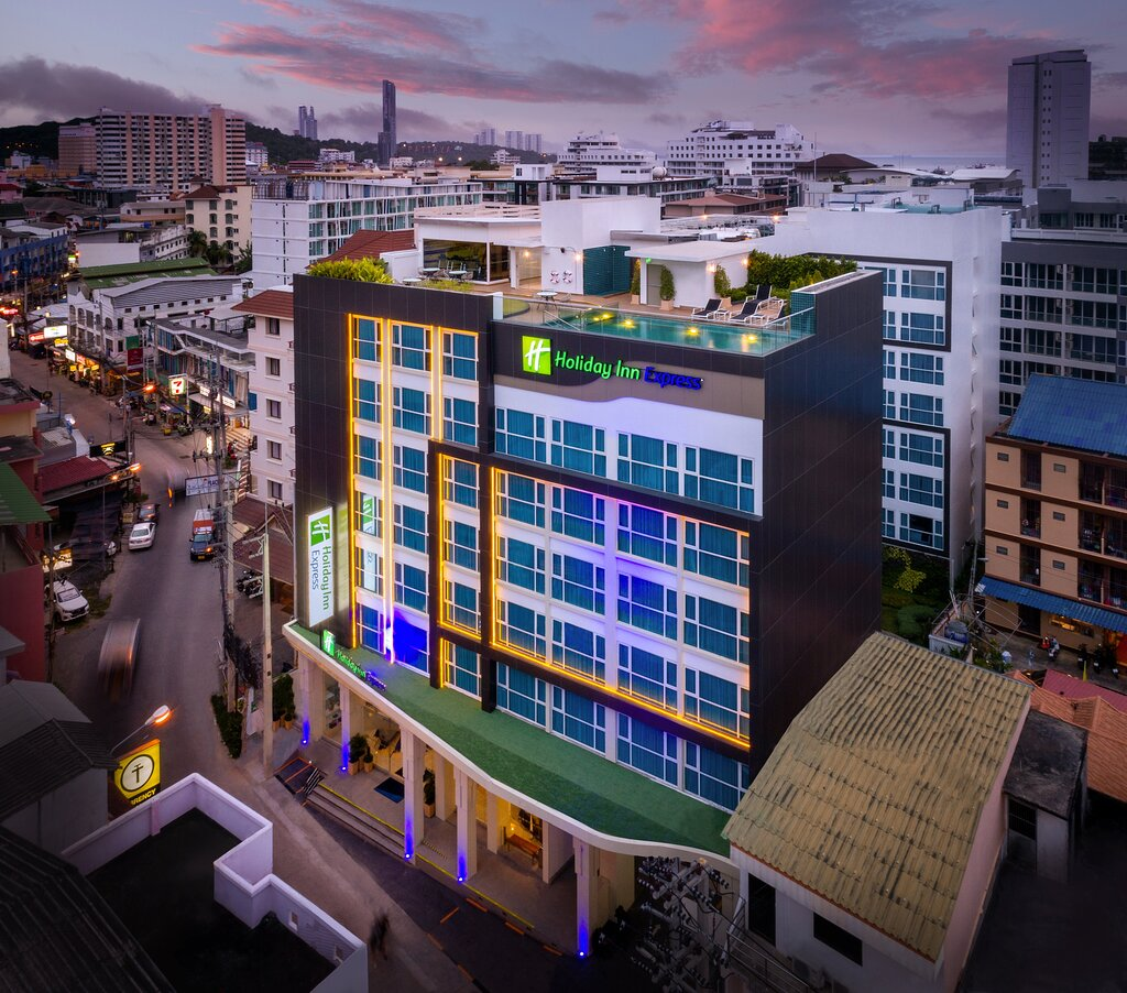 Holiday Inn Express Pattaya Central, an IHG hotel