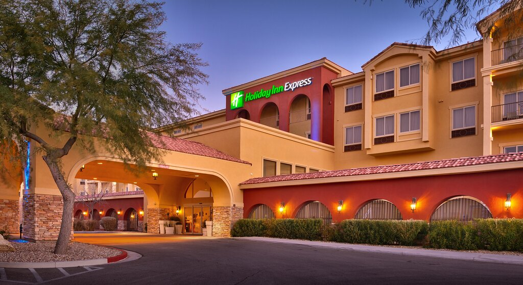 Holiday Inn Express & Suites Mesquite, an IHG hotel