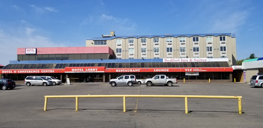 Bedfort Inn & Suites