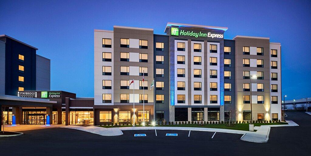Holiday Inn Express Niagara-On-The-Lake, an IHG hotel