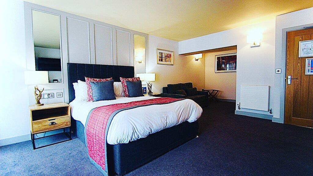 The Suffolk Hotel