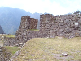 Heilige Vallei, Peru: 08 - Panning view from the path to the Inca Bridge