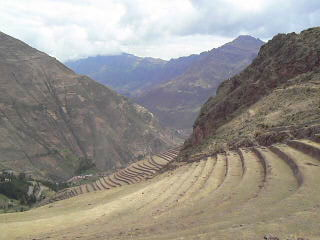 23: Gorgeous panoramic view of Pisac with music!