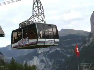 Stechelberg, Switzerland: Cable car toward Schilthorn