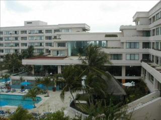 Bed Bugs Video Of Grand Oasis Sens Cancun Tripadvisor
