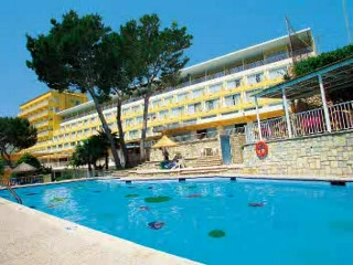 Grupotel Molins: Thomson.co.uk video of the MOLINS in Cala San Vicente, Majorca