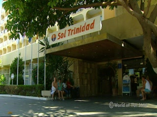 Isole Baleari, Spagna: Thomson.co.uk video of the SOL TRINIDAD in MAGALUF, Majorca