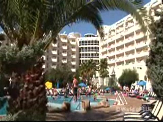 Са Кома, Испания: Thomson.co.uk video of the Coma Gran in Sa Coma, Majorca