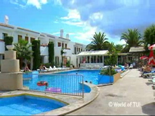 Cristina Apartments : Thomson.co.uk video of the CRISTINA in Cala Millor, Majorca