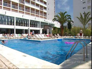 Thomson.co.uk video of the Santa Monica Hotel in Calella de la Costa, Costa Brava
