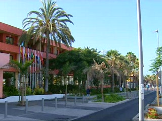 Thomson.co.uk video of the La Siesta in Playa de las Americas, Tenerife
