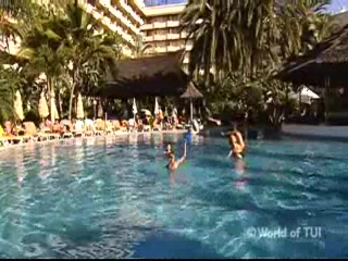 Islas Canarias, España: Thomson.co.uk video of the Tenerife Princess in Playa de las Americas, Tenerife