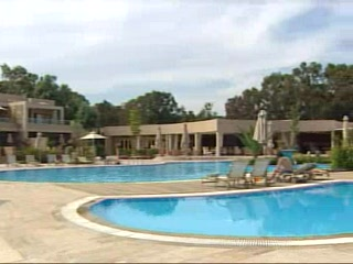 Thomson.co.uk video of the Sani Asterias Suites in Sani, Halkidiki