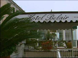 Campania, Italia: Thomson.co.uk video of the BELAIR in SORRENTO, Neapolitan Riviera