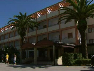 Thomson.co.uk video of the Hotel Oasis in Alghero, Sardinia