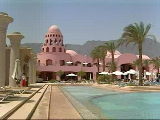 Mar Rosso e Sinai, Egitto: Thomson.co.uk video of the Sofitel Taba Heights in Taba Heights, Egypt