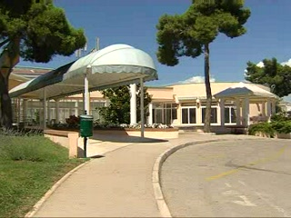 Vrsar, Croatia: Thomson.co.uk video of the Pineta in Vsar, Croatia - Istrian Riviera