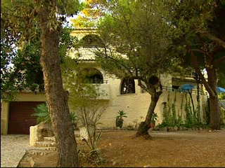 Thomson.co.uk video of the Villa Chez Nous in Carvoeiro, Algarve