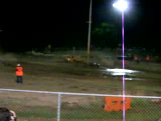 Hidden Valley Motor Sports Complex : Mud race blue against yellow