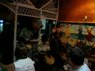 Livingston, Guatemala : Entertainment at the restarant