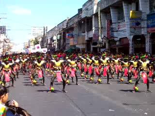 Iloilo City, Filipiny: Dancing in the Streets