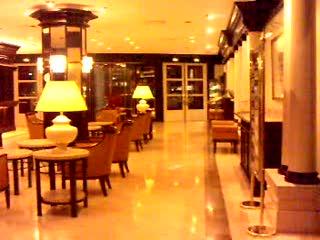 Renaissance Wien Hotel: Renaissance hotel Vienna lobby